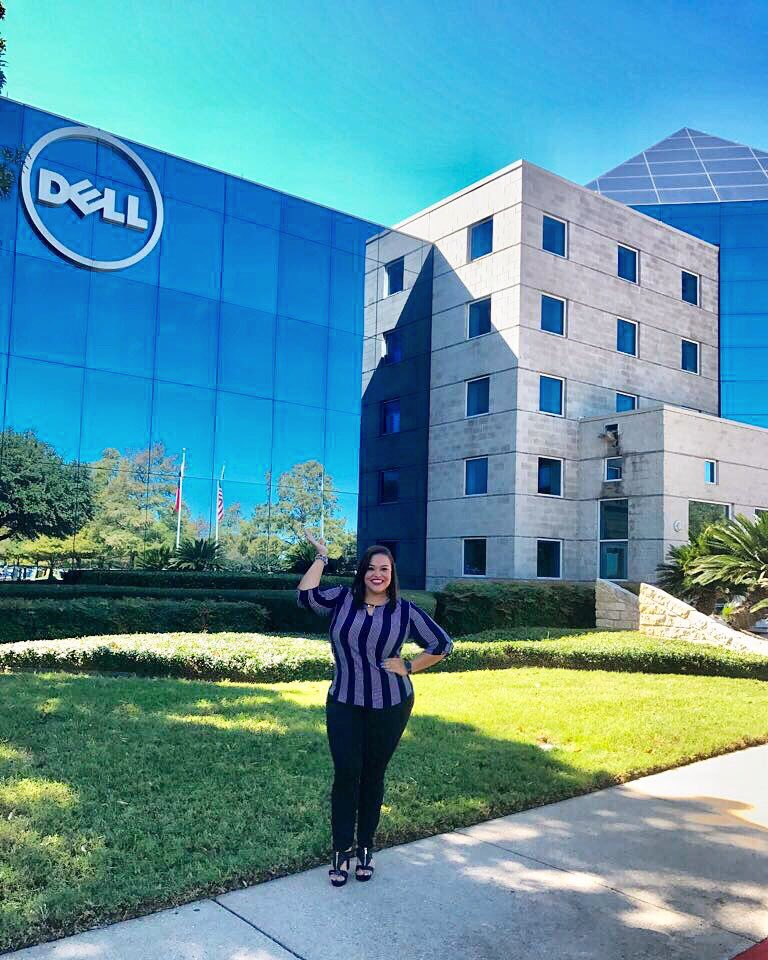 Dell is all about #development I started my career at @DellPanama 6 years ago and today I started my 5th role in Headquarters <br>http://pic.twitter.com/izK4I5XFIt