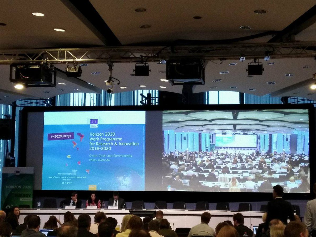 .@EU_H2020 Today&#39;s energy session about #smartcities #H2020Energy #H2020 Couldn´t make it to BXL? Watch here  http:// bit.ly/2yIBomm  &nbsp;  <br>http://pic.twitter.com/ZfxYfoMy2L