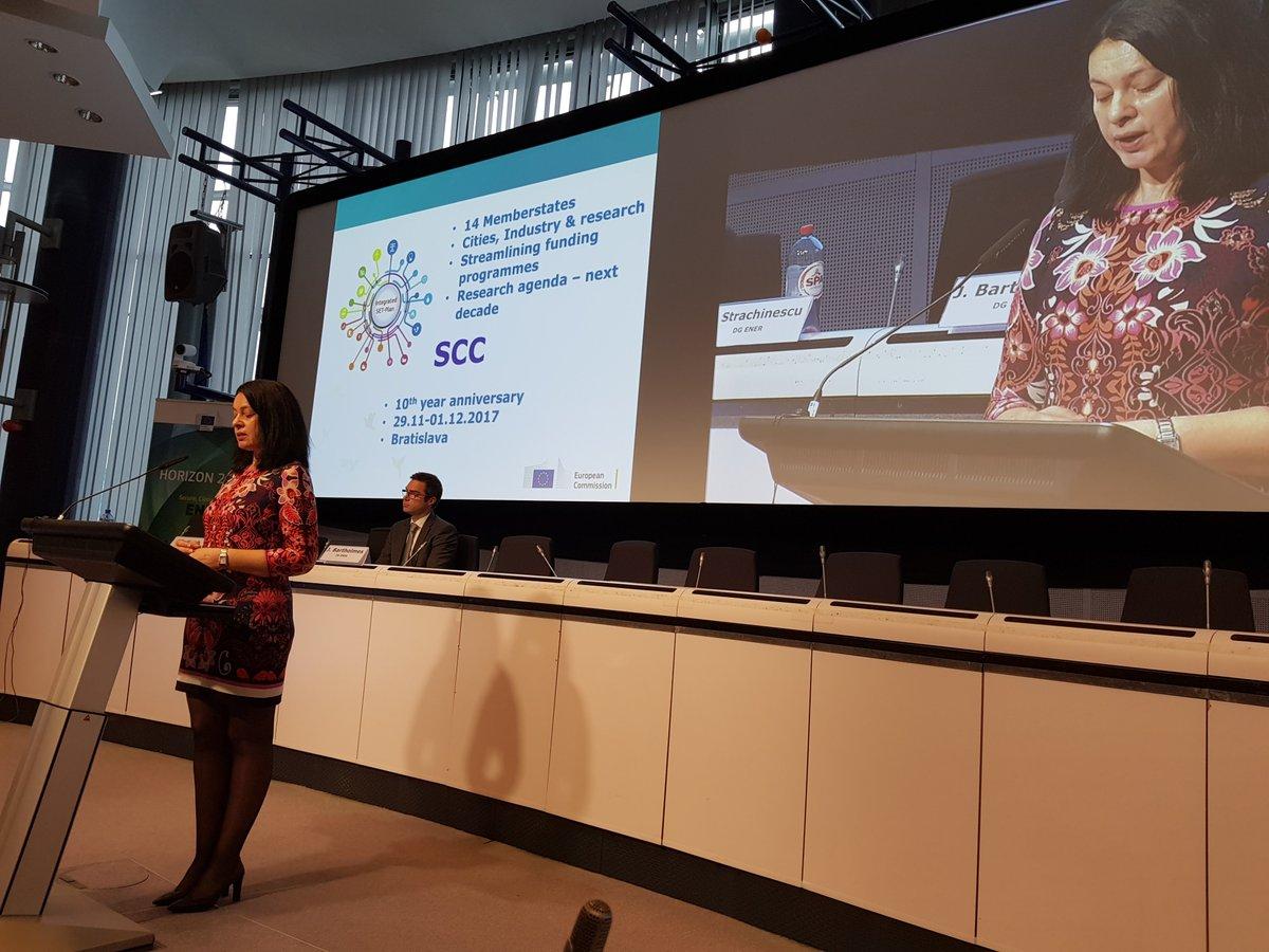 EU #SmartCities supports #innovation via #H2020, #EIPSCC &amp; #SETPlan Register for #SETPlan17 @  http:// setplan2017.sk / &nbsp;   @stracma #H2020Energy<br>http://pic.twitter.com/EEN0ivN1U4