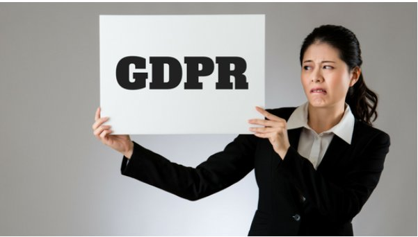 Podcast: worth a listen - GDPR is Coming!  http:// linkedinformed.com/episode183/  &nbsp;   #email #emailmarketing #marketing #SESociety #b2bmarketing #dataprotection #bigdata #sales #salestips #socialselling<br>http://pic.twitter.com/vaeJAo3QJh