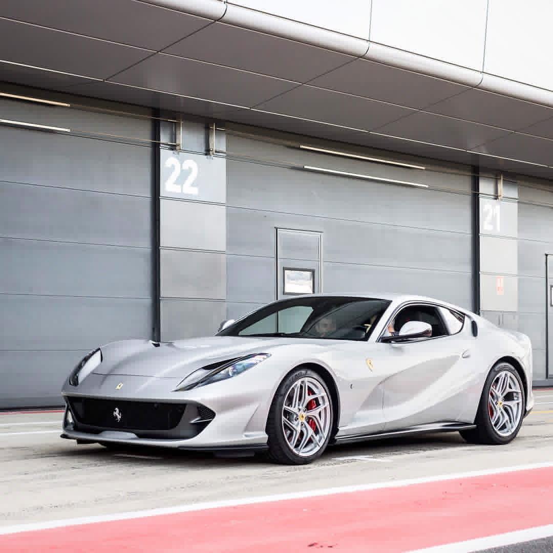 Check this #Ferrari <br>http://pic.twitter.com/0YiJCaGoRN