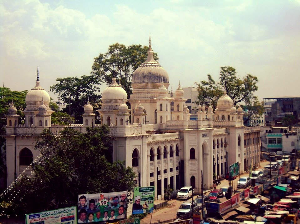 Hyderabad, aren&#39;t you charming? :)  #india #IncredibleIndia #travelblog #travelblogger #Hyderabad<br>http://pic.twitter.com/0fALJrsZh8