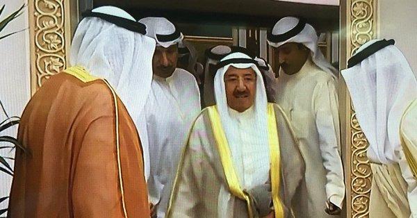 عاجل - سمو الأمير: من المستهجن أن نرى مش...