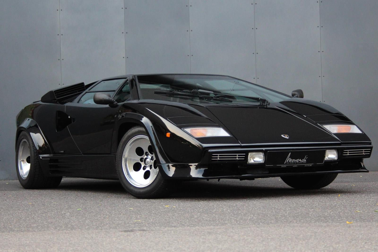 dadasplace on twitter lamborghini countach had about 450. Black Bedroom Furniture Sets. Home Design Ideas