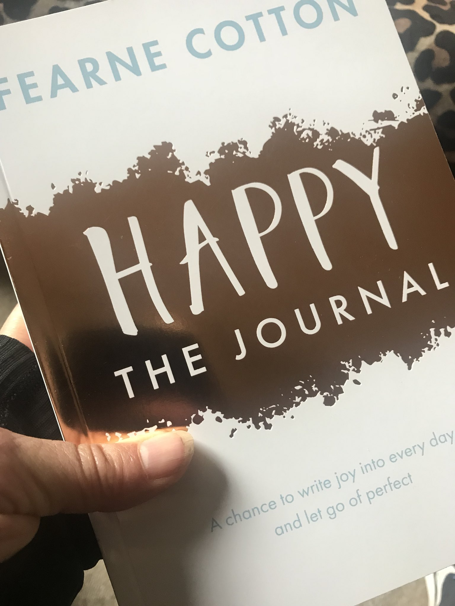 RT @JoWoodOfficial: Just received this from my lovely Fearne @Fearnecotton thank you so much . #behappy https://t.co/qNQftrMOwe