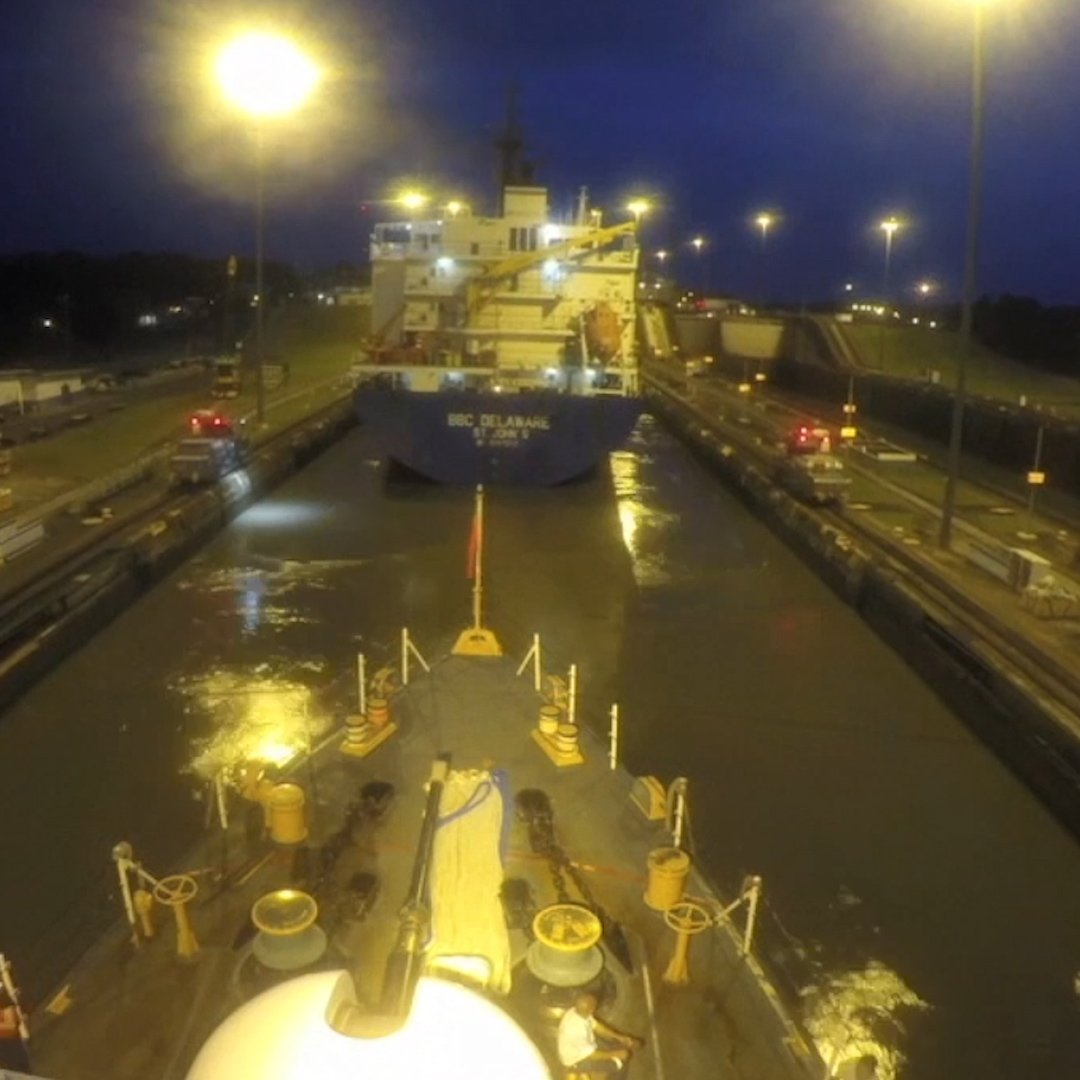 This time-lapse shows how ships cross through the Panama Canal