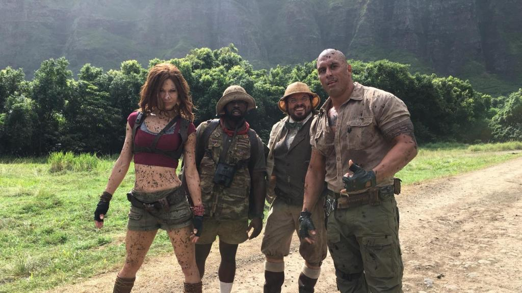 Seeing Double: Meet @JumanjiMovie's Real Ruby Roundhouse—Stunt Performer Jahnel Curfman: https://t.co/KtMQ73VxxS https://t.co/hbUHzytbgB