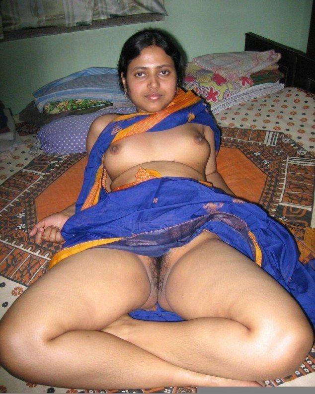 Indian House Wife Seduce In Bedroom By Husbands Best Friend
