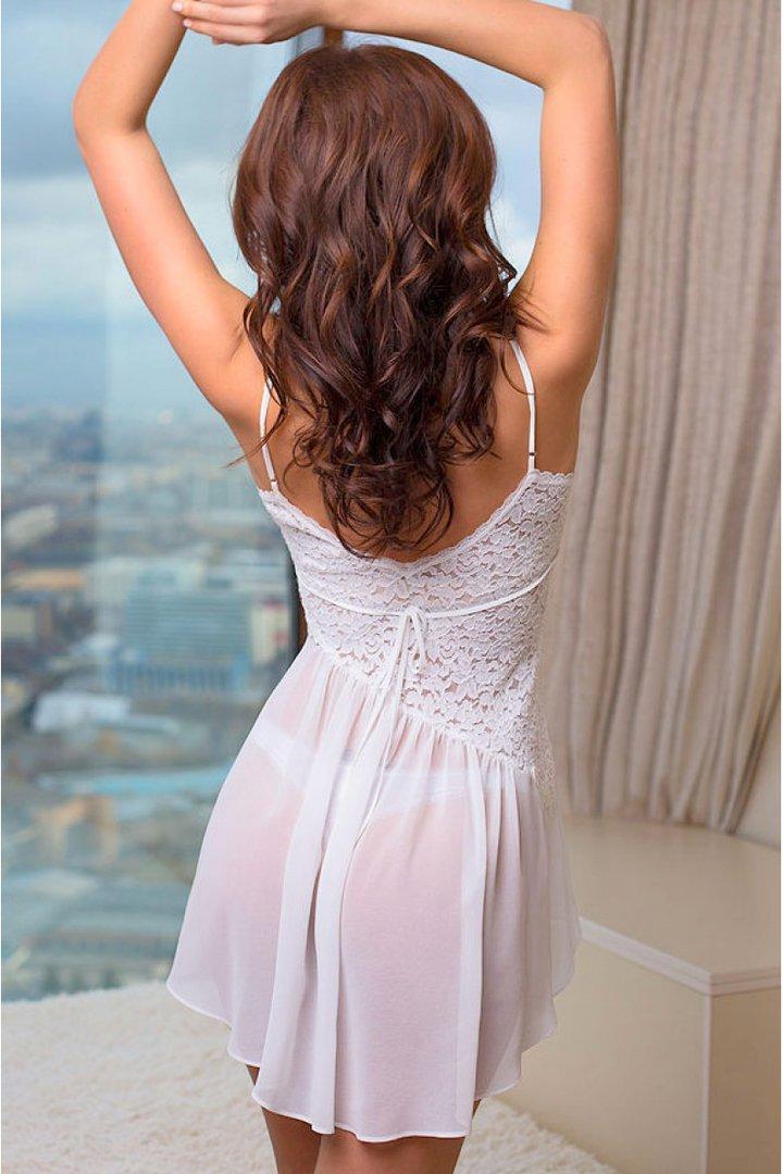 надо еще самые шикарные брюнетки фото сзади в платьях через пять
