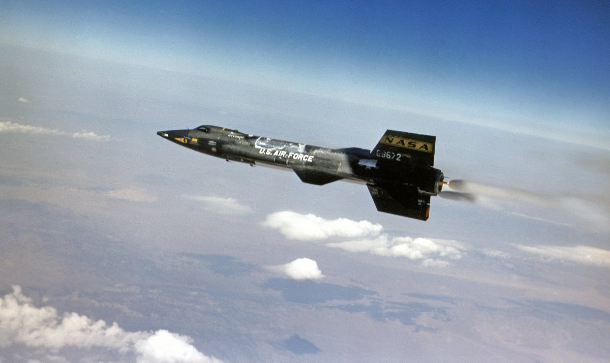 #OTD in 1968, the X-15 rocket-propelled research aircraft made its final flight https://t.co/s4sTeklrmK