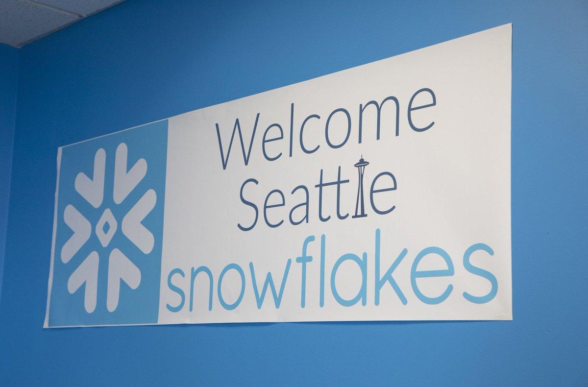 Snowflake on Twitter:
