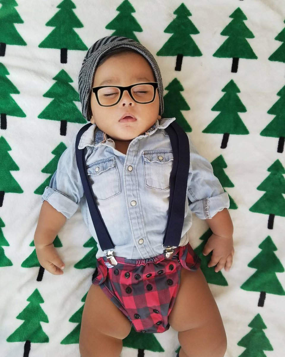 It&#39;s beginning to look a lot like Christmas! #buttonsdiapers #makeclothmainstream #christmas #lumberjack #pine #hmkids  #stylish<br>http://pic.twitter.com/luo9RYpil9