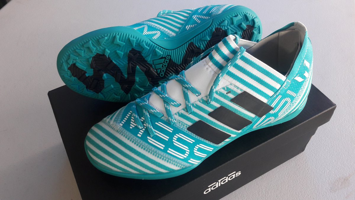 Shoes messi