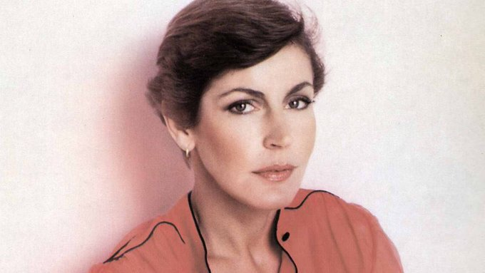 Happy 76th Birthday to Helen Reddy, a woman who continues to inspire me every day.