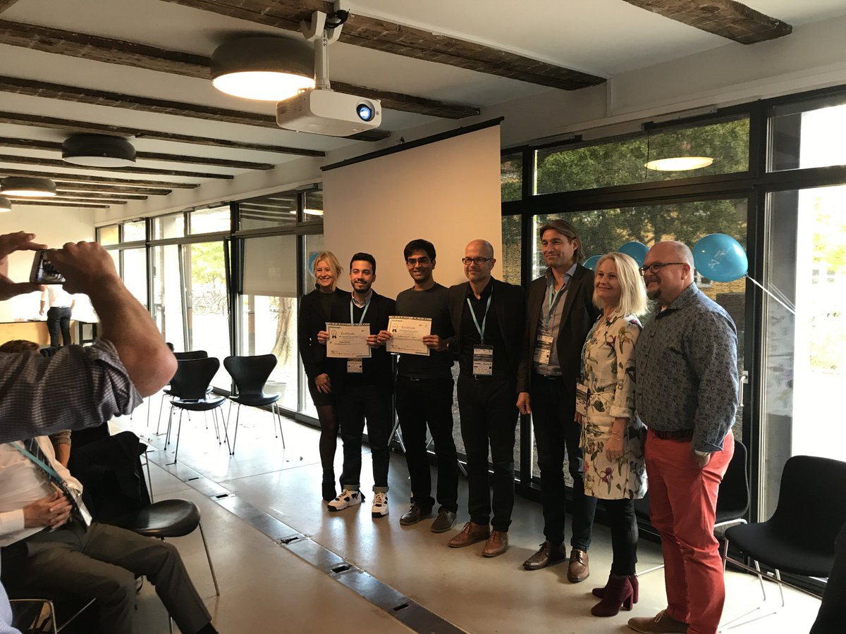 CONGRATS to #SmarterCitiesNOW start-up winners @leapcraftdk & Runner-Up ModelMe3D excellent #smartcity solutions! Great pitches in BLOXHUB