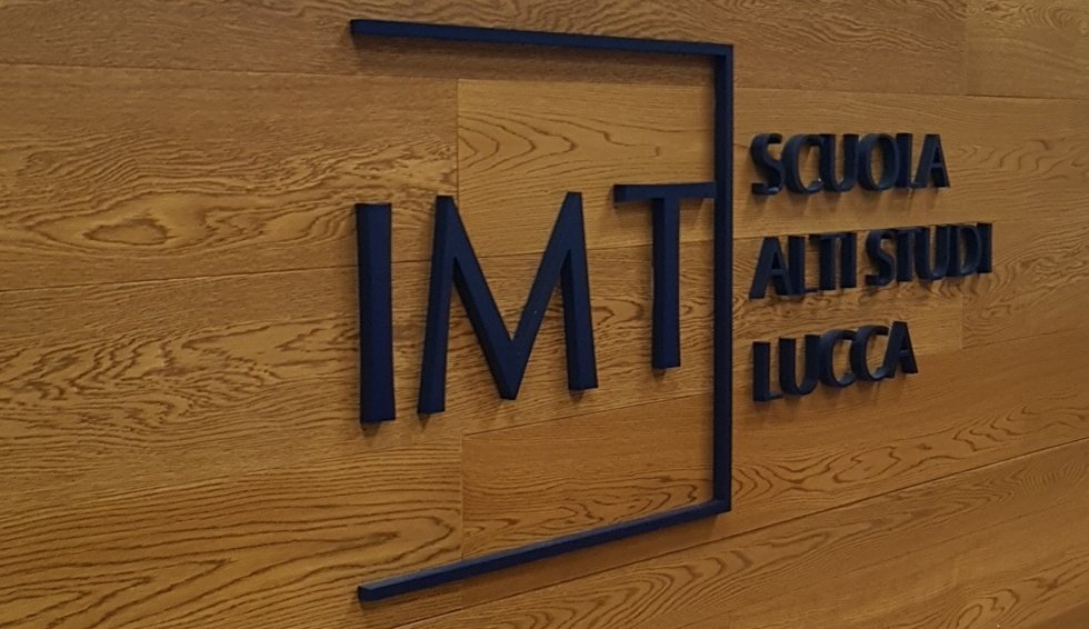 Today we are @IMTLucca to discuss about complex #energy #infrastructures  in the age of #climatechange  #critis2017 <br>http://pic.twitter.com/Wyv5o35GgR