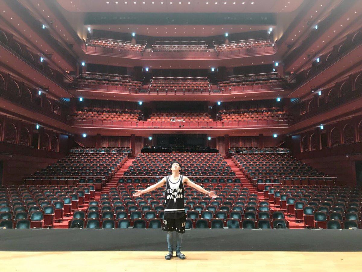 素敵な劇場で明日からお待ちしてます。