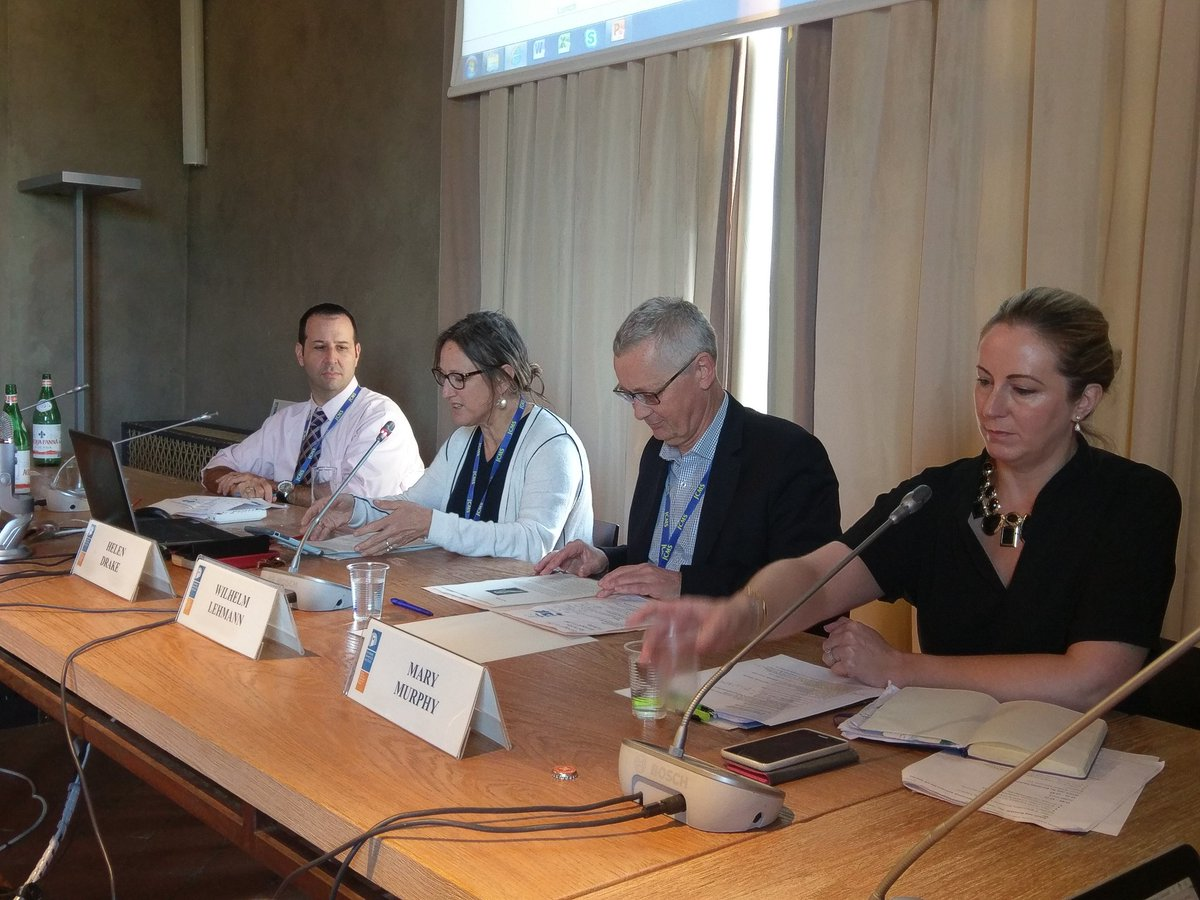 Our last #UACES50 panel on future of European Studies w Abraham Newman, @FrancoBrit @MaryCMurphy, (chairs of EUSA @UACES @IACESInfo)<br>http://pic.twitter.com/JZXCyYGbob