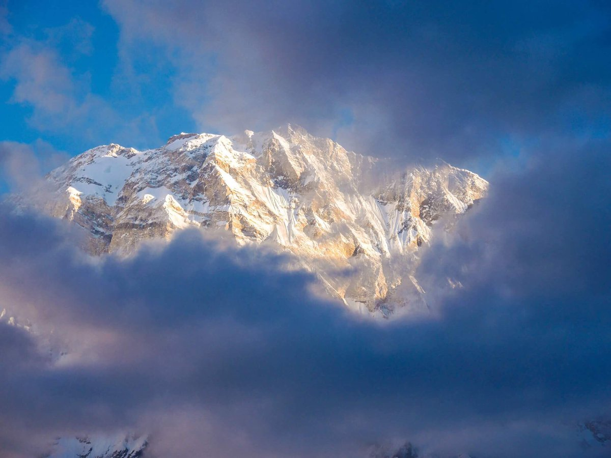 #mountains in the #sky  #annapurna #himalaya #nepal #travel #inspiration #hiking #view #beatifulview #hiking #trekking #happiness #truelove<br>http://pic.twitter.com/RM35L8o0Pj