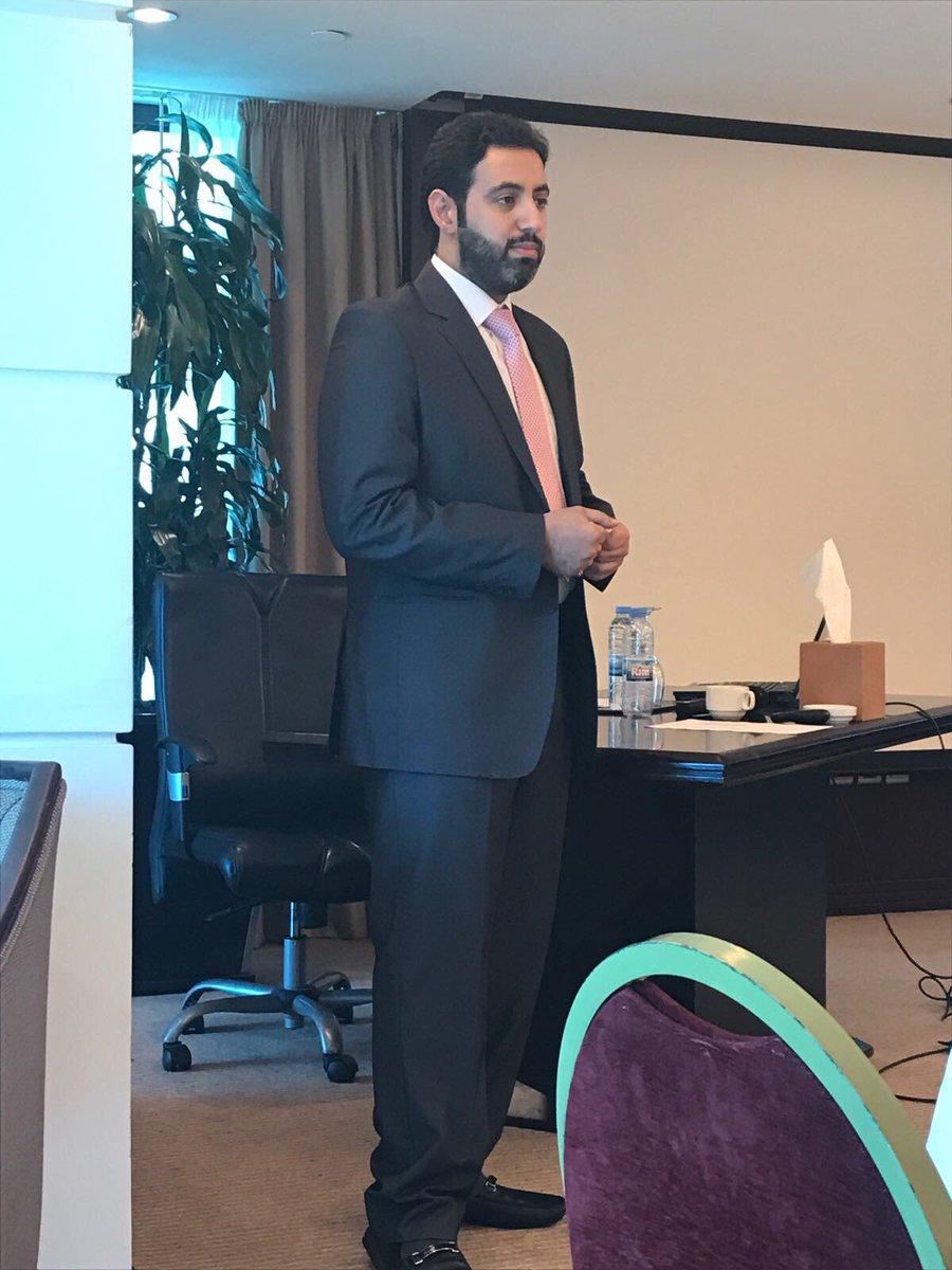اليوم الاول لدورة منازعات عقود الاستثمار الدوليه - بيروت المحاضر الدكتور فايز الفضليpic.twitter.com/ZkkAo5S0dN