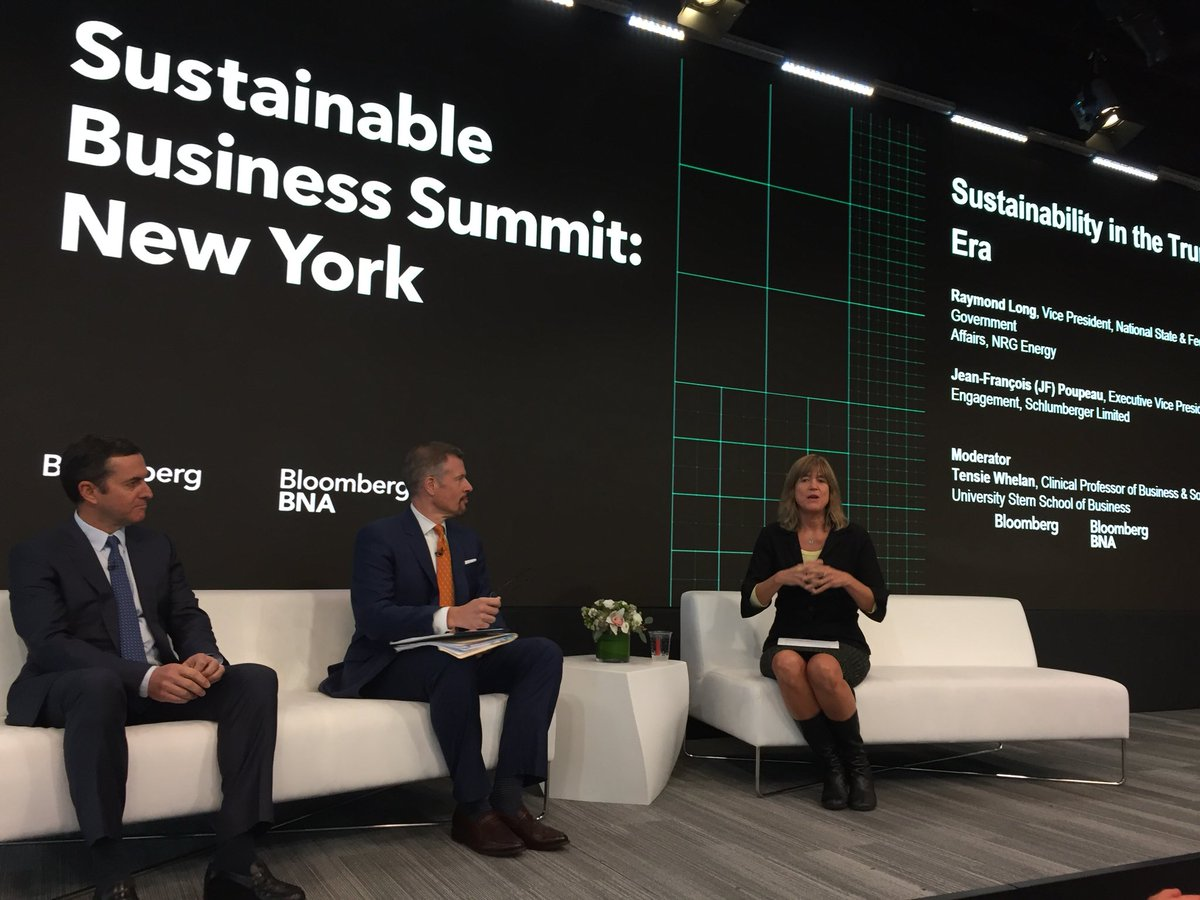 """""""Sustainability in The Trump Era"""" is now underway—Ray Long kicks things off with a primer on the recent @ENERGY directive #SustainableBiz17 <br>http://pic.twitter.com/GHpDwDcXex"""