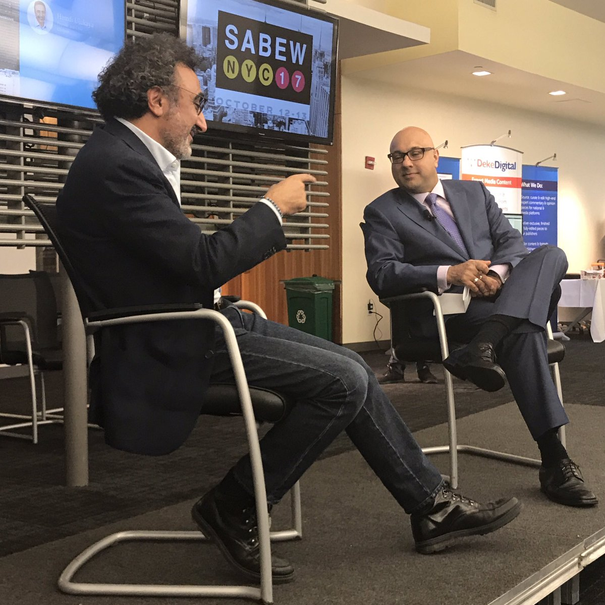 Thanks to @AliVelshi and @hamdiulukaya for a great conversation about @Chobani&#39;s origins, entrepreneurship and innovation. #sabewnyc17 <br>http://pic.twitter.com/QCm3PZOQCB