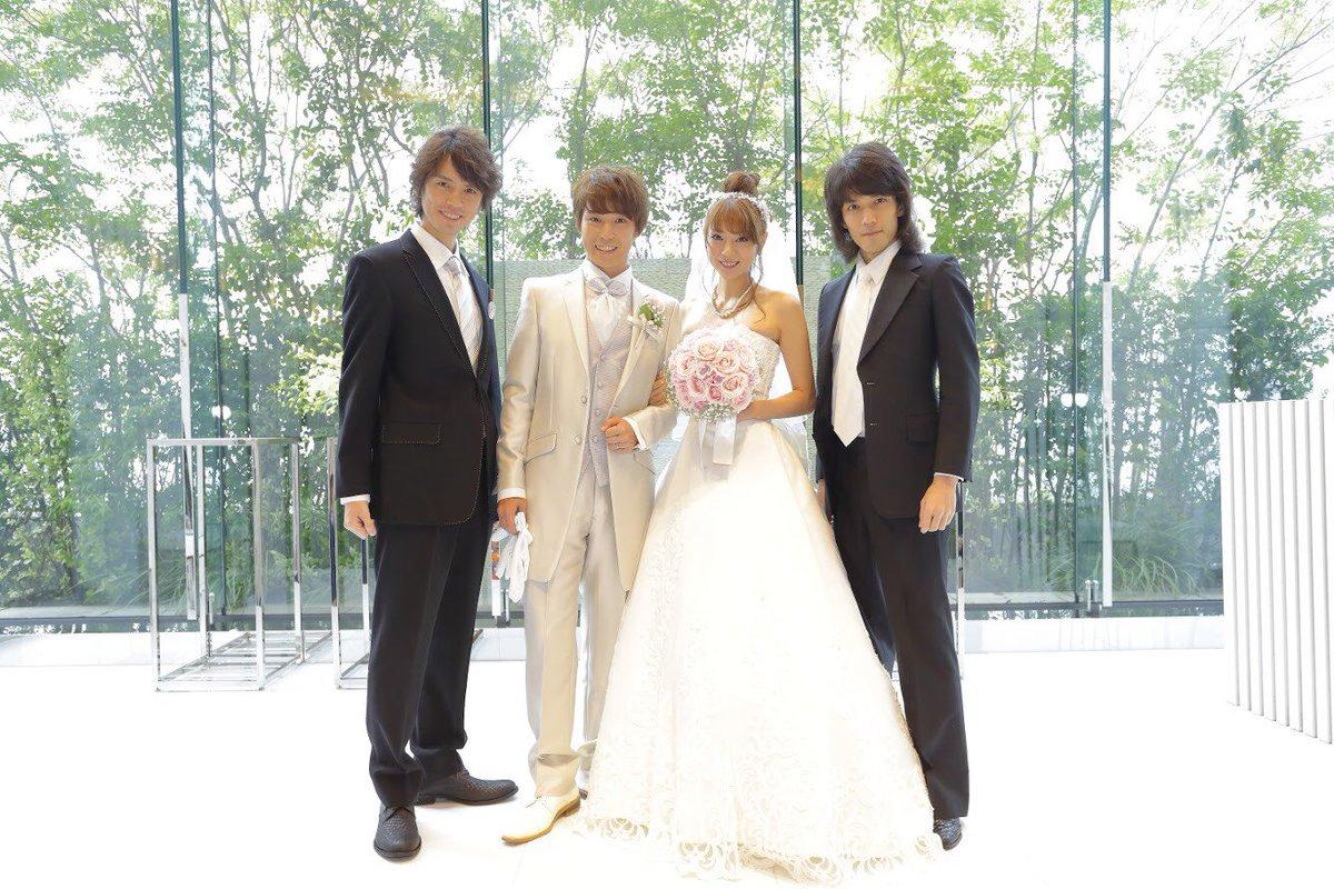 芳賀優里亜さんから、先日の結婚披露宴の写真が送られてきた!! とても素敵な写真!!! お幸せに!!!…