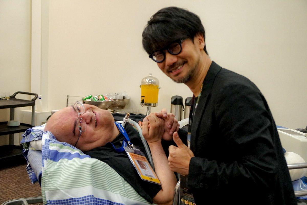 小島監督の大ファンであるPauloさんが病院からわざわざ会いに来てくれました!Paulo, a bi…