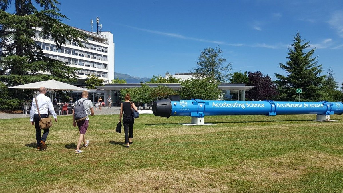 Read our latest blog on #dundeeuni&#39;s growing relationship with #CERN:  http:// uod.ac.uk/2ybi0OM  &nbsp;  <br>http://pic.twitter.com/0bTCdxatUR