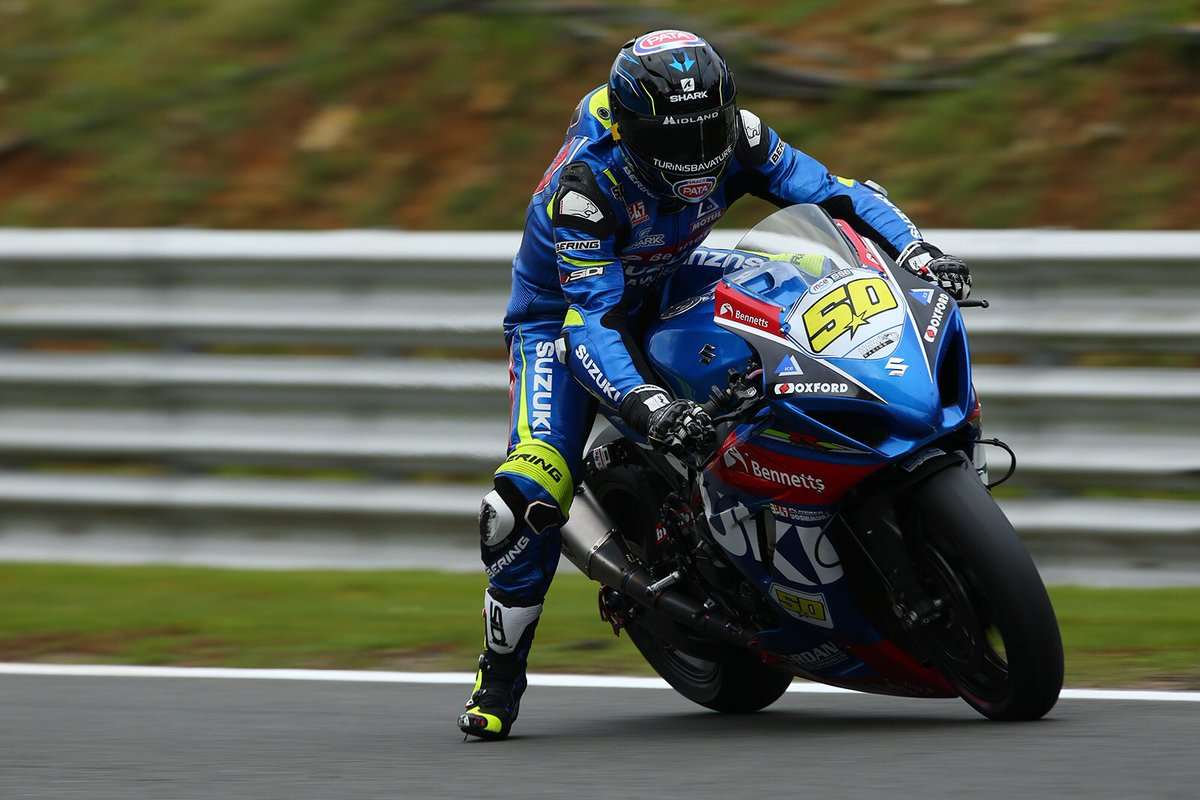 Footloose...   @Brands_Hatch #FP2 <br>http://pic.twitter.com/GK531ZmFXe