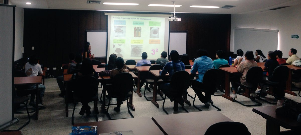 #CICATSeminars #Espinosa and #Reyes chemical engineering students present how will carry out their project #ComunidadUIS @AIChE_UIS<br>http://pic.twitter.com/X33f1CGyi4