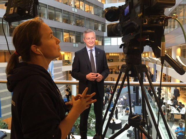 French Finance Minister @BrunoLeMaire live from the IMF HQ in Washington DC for @BFMTV #BFMTV #BrunoleMaire #IMF2017 #livepositions<br>http://pic.twitter.com/ByJJ9Q0KqV