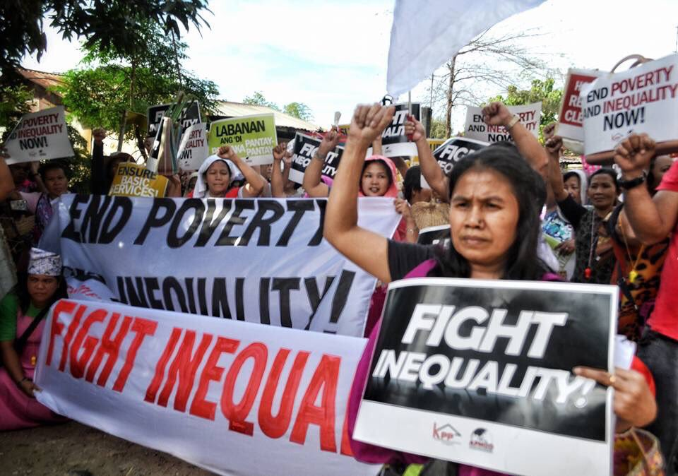 We can be optimistic because neoliberalism is a zombie now - and because a new generation is standing up and organising to #fightinequality <br>http://pic.twitter.com/TI1Q0bb9by