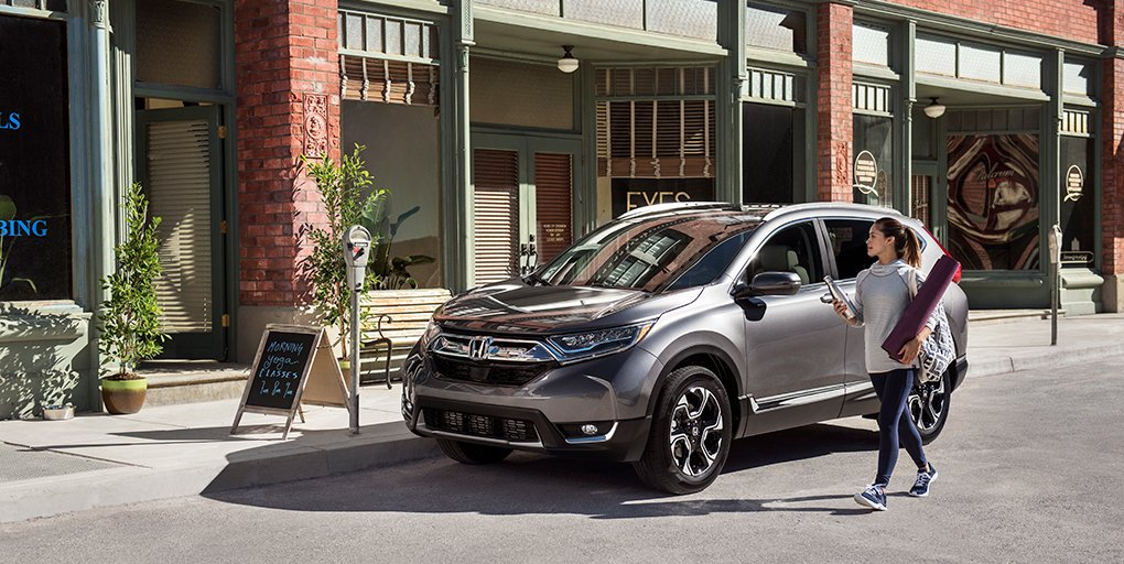 Step into advanced innovation inside the 2017 #HondaCRV with available driver's seat memory. #hondavillage #honda #testdrive<br>http://pic.twitter.com/8DQ6vkbq2y