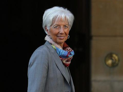 Il faut davantage taxer les riches, estime le FMI dans son dernier rapport https://t.co/17BJn7iAYz