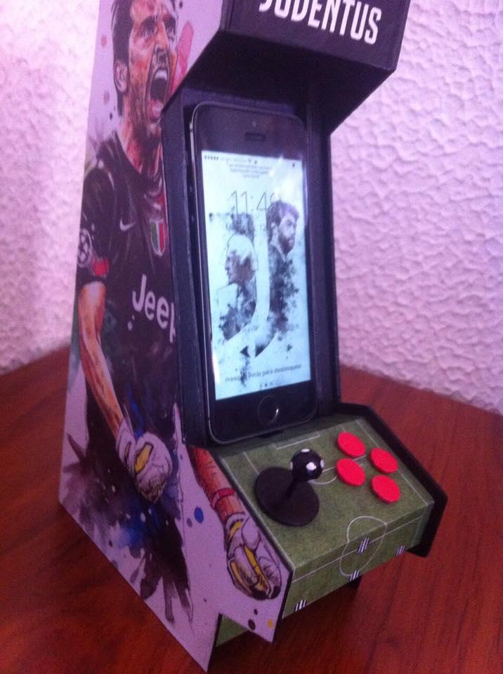 2f8145e88  FanArt Cellphone Charging Arcade Machine  Juventus  Finoalafine   ForzaJuvepic.twitter.com pX8VAweHOk