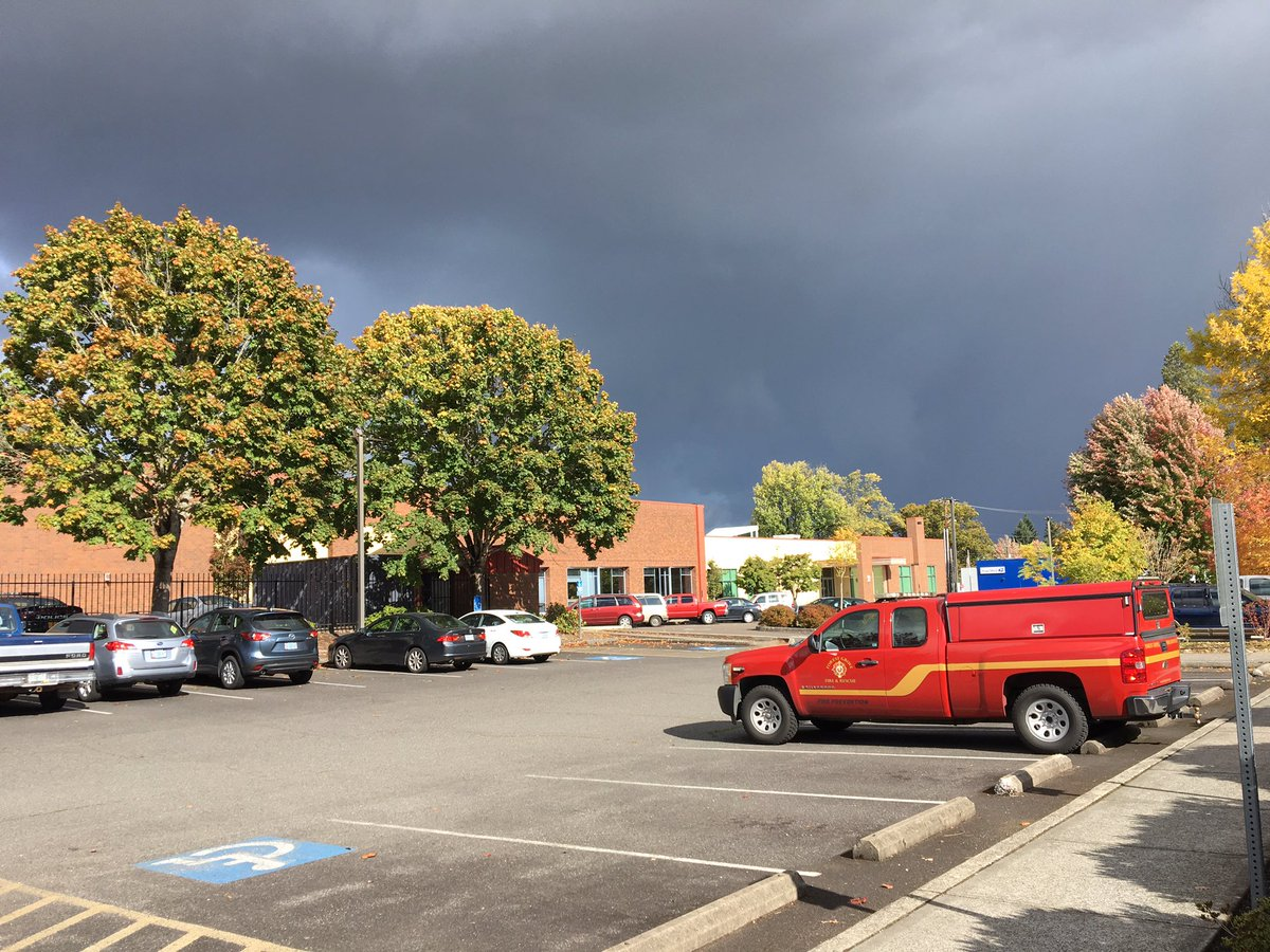 There&#39;s lightning in Cornelius. Stay indoors until it passes by. #pdxtst <br>http://pic.twitter.com/YcLtXcM5sR