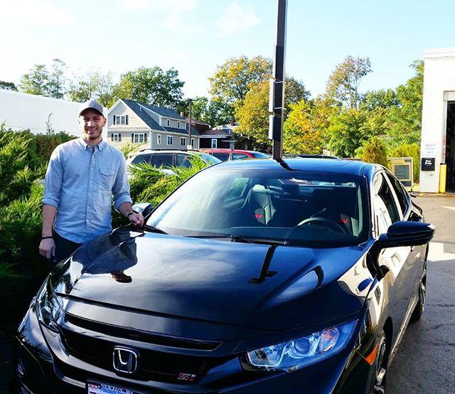 Congratulations to Mr. Schmiedl on the purchase of new 2017 Honda Civic SI ! #hondavillage #honda #congrats…  http:// click.serpcom.com/PvPhRf  &nbsp;  <br>http://pic.twitter.com/PSXgovjSyp