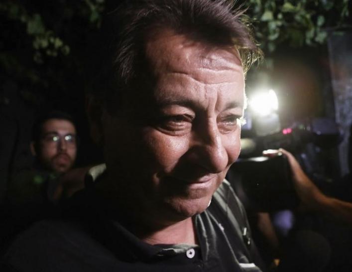 Ministro do STF Luiz Fux concede liminar para evitar extradição de Battisti https://t.co/7XTnmtwA5u #domesticNews