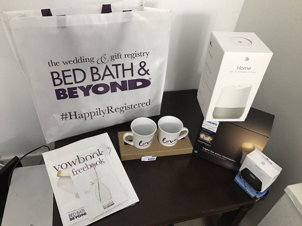 Thank you @BedBathBeyond for the amazing #giftbag at #BridalFashionWeek. My family can&#39;t seem to put these new toys down!  #Sponsored<br>http://pic.twitter.com/kafSuWYkvy