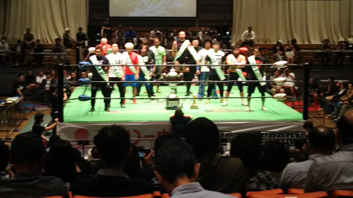 The opening ceremony of Global league2017 #noah_ghc <br>http://pic.twitter.com/XFSQ6kwLav