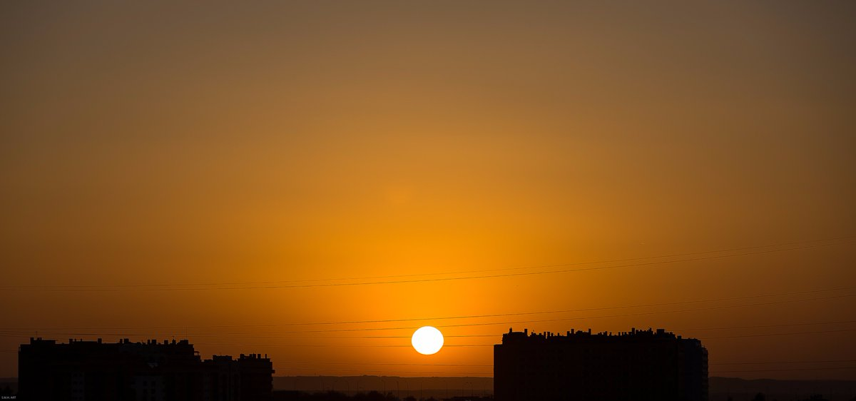 Good Morning @spain Sunrise Today in Madrid What&#39;s your favorite part of Spain?  https:// goo.gl/J9wldH  &nbsp;   #art #travel #CommunityManager #socialmedia #RedesSociales #FelizSabado #buenosdias #Del40al1CocaCola #QuieroLibertad #felizfinde<br>http://pic.twitter.com/Lrun3MfCRn