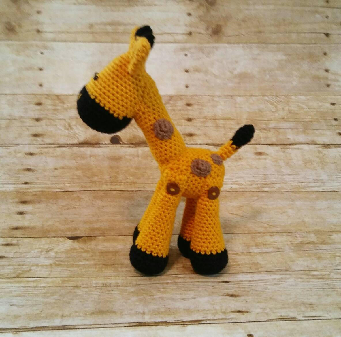 Baby giraffe amigurumi pattern - Amigurumipatterns.net | 1170x1183