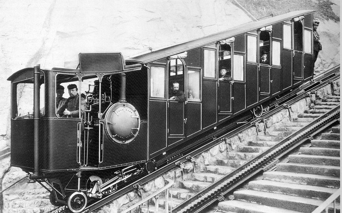 DMGDtQYXkAAFJrr - The Pilatus Bahn at 130