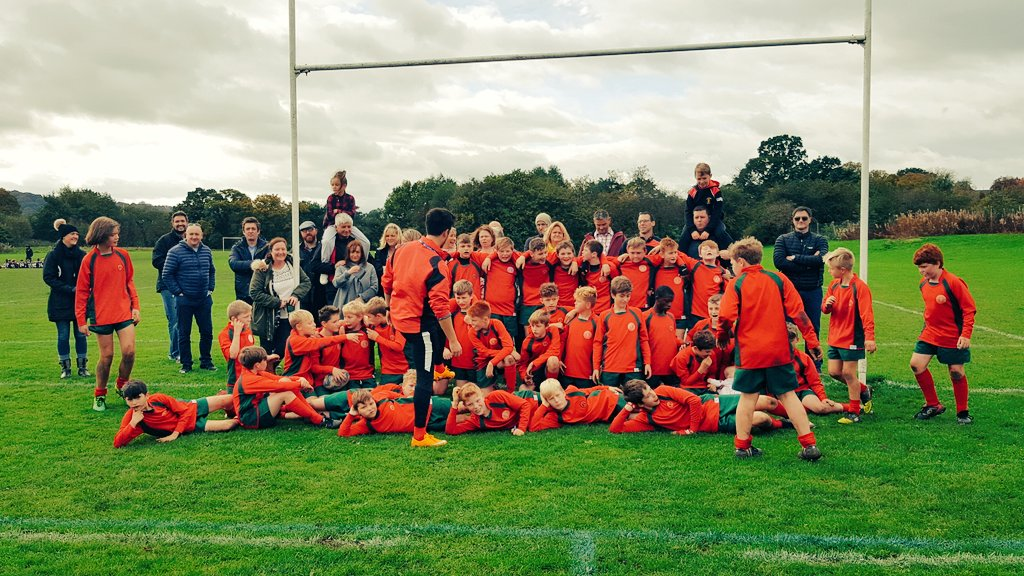 Year 7 @SandbacSchRugby at @wilmslowhigh.   Thank you to opponents for the game. Very much enjoyed by this rugby family. #RugbyFamily <br>http://pic.twitter.com/6R7PyY68d2