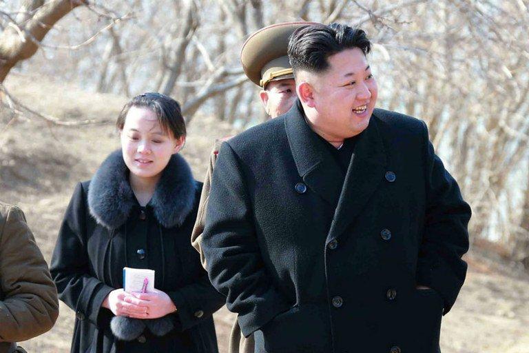 Entenda a ascensão da irmã de Kim Jong-Un, arquiteta da imagem do líder norte-coreano https://t.co/UzL1uIuEc2