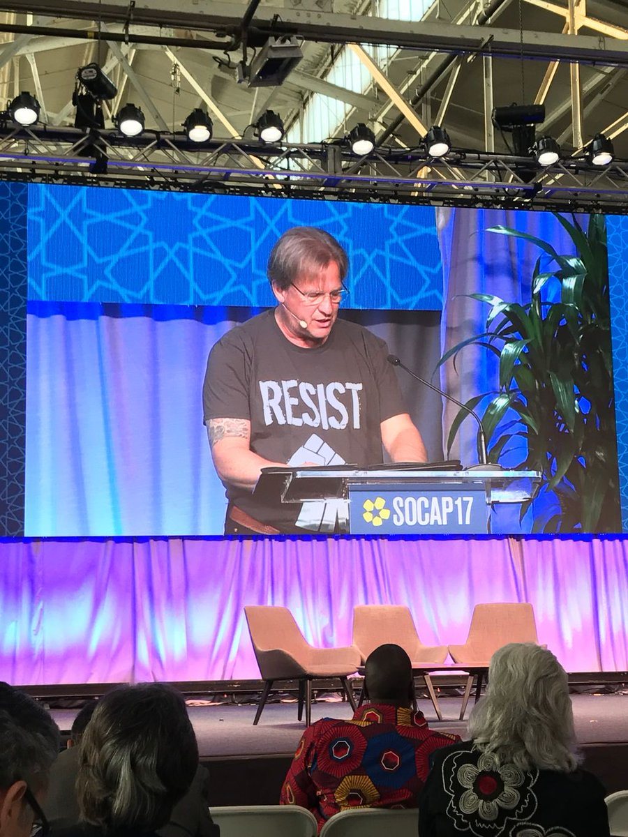 A moving talk at SOCAP to inspire a resistance for real change in a broke system. Ans a cool shirt! #SOCAP17 <br>http://pic.twitter.com/9mTOkAKDuk