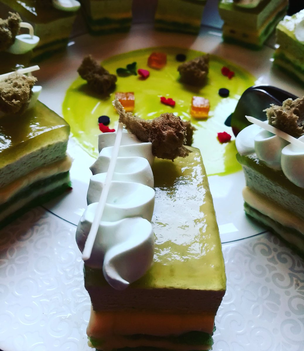 Matcha tea cheesecake @RitzCarlton #RCMemories #DessertDay #cake #foodtalkindia #BuzzFeed #LBB #foodforthought #foodblogger<br>http://pic.twitter.com/7cxb5ZT47p