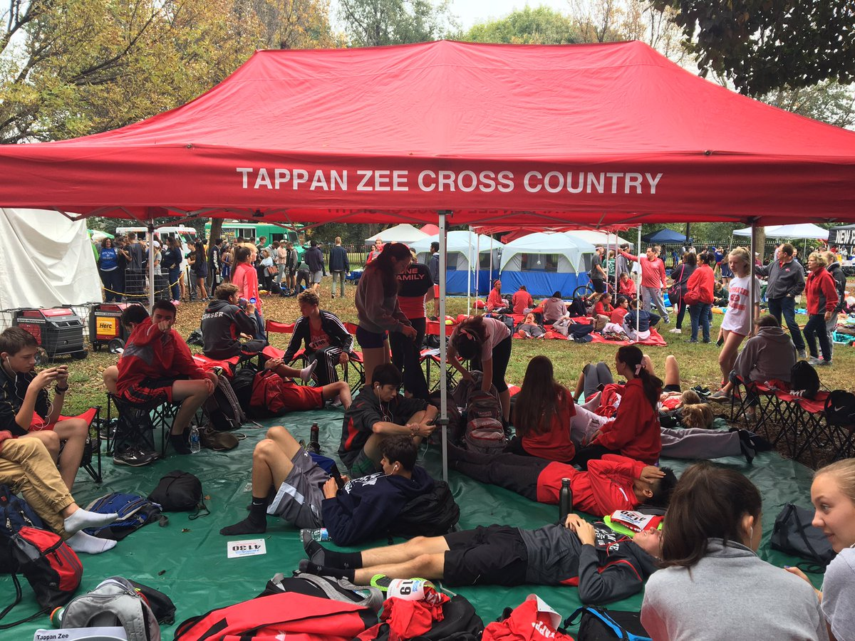 """Tappan Zee XC/T&F в Twitter: """"TZXC all ready to go at the 45th Annual Manhattan College Invitational! #whoarewe #TZXC #itstime… """""""