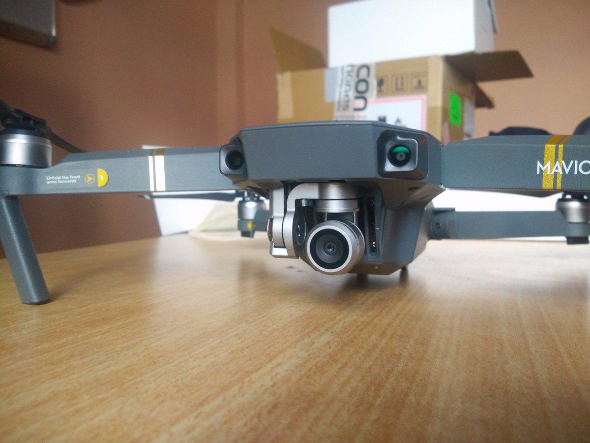 Beast in the house. @fivonestnepal  #drone #mavicpro #dji #djimavic #fivonestStudio<br>http://pic.twitter.com/040HlTr5hN